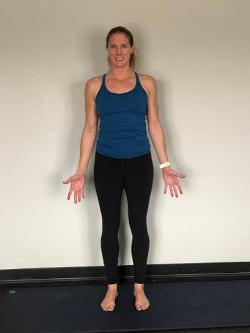 lucent yoga 15 essential yoga poses to build strength